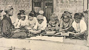 Religious politics and the islam in the Dutch East Indies, 1816-1942